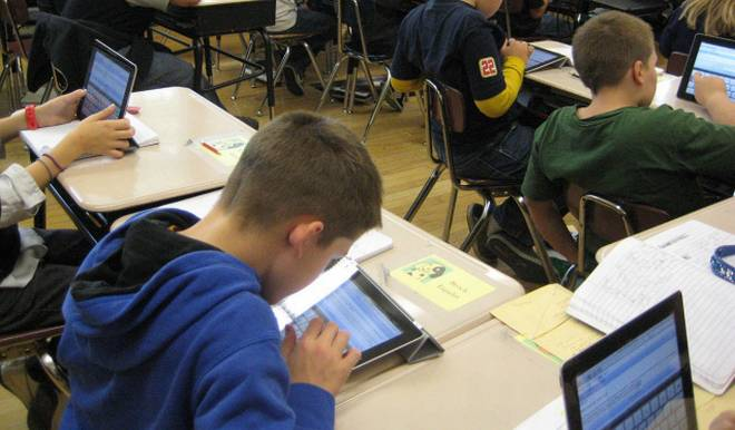 E-Learning: A Substitute for Classroom Learning?